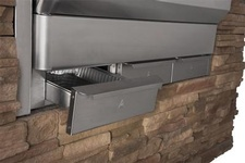 Memphis Elite Built-in Pellet Grill - Beachcomber Lloydminster