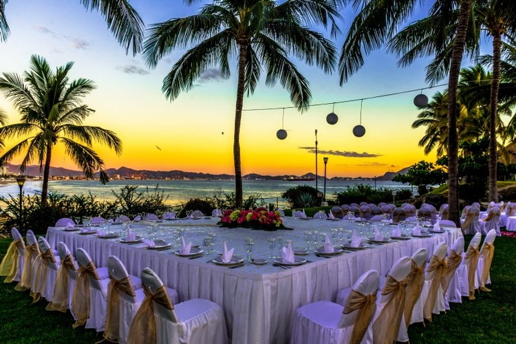 Barceló Karmina  is the ideal destination for honeymoon and Destination Weddings