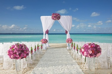 Plan your Destination Wedding or honeymoon at Dreams Sands Cancun Resort & Spa with My Wedding Away
