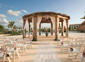 Plan your Destination Wedding or honeymoon at Secrets Maroma Beach Riviera Cancun with My Wedding Away