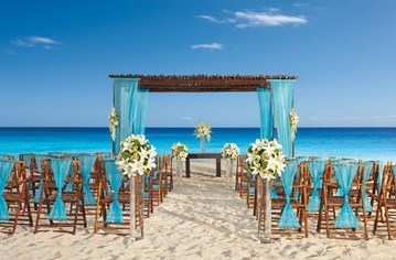 Plan your Destination Wedding or honeymoon to Secrets Capri Riviera Cancun with My Wedding Away