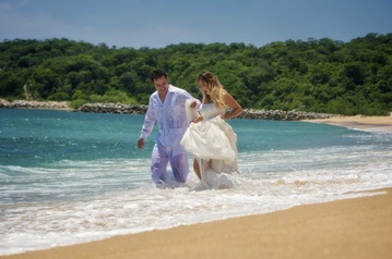 Plan your Destination Wedding or honeymoon to Barceló Huatulco with My Wedding Away