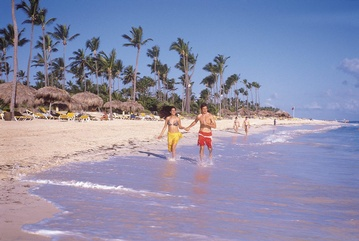 Plan your Destination Wedding or honeymoon in Iberostar Dominicana with My Wedding Away