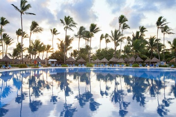 Plan your Destination Wedding or honeymoon in Grand Bahia Principe Punta Cana with My Wedding Away