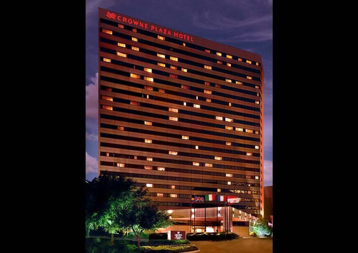 Crowne Plaza Hotel Building Perimeter in the dark - Joe Robbins Photography