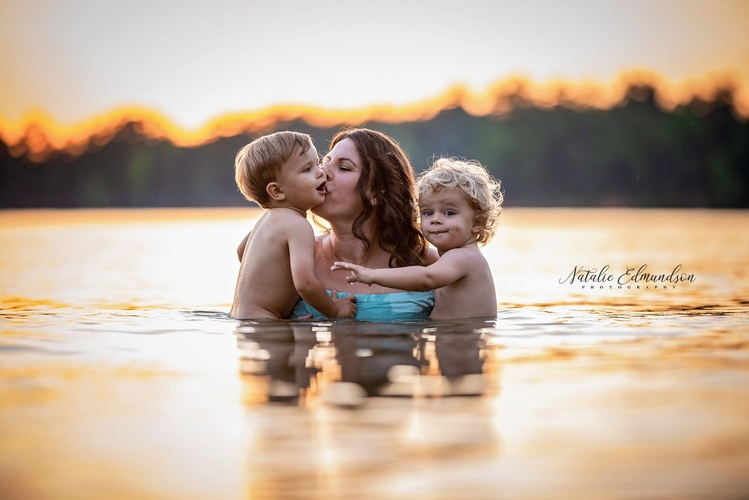 Natalie Edmundson Photography of Mother with Children