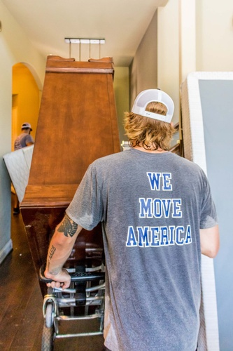 AmerApex Moving Gallery