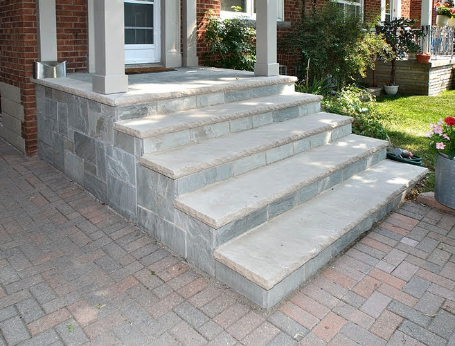 Concrete Steps outside a Home in East York