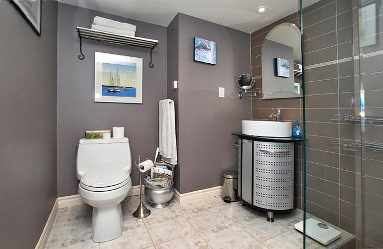 Bathroom Renovations in East York by Renovation Contractor at Finished Basements