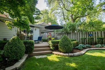 House with a Lawn - Real Estate Photography Naperville by Visual Filmworks