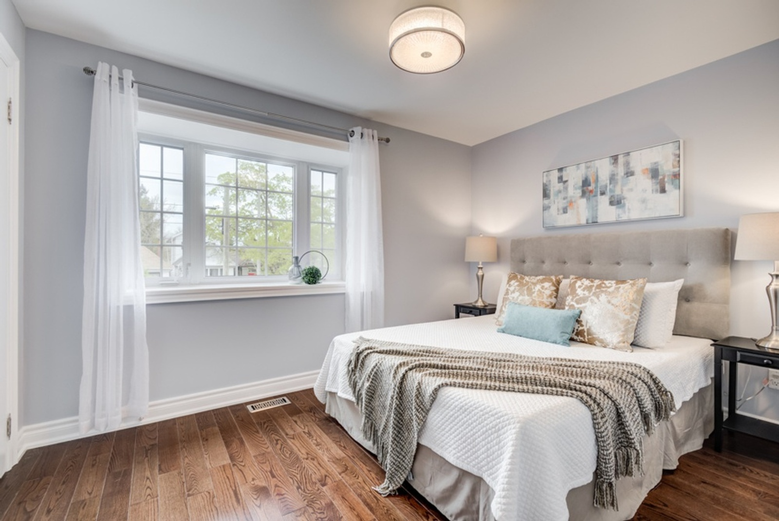 Bedroom Staging by Home Stager East York at Impressive Staging