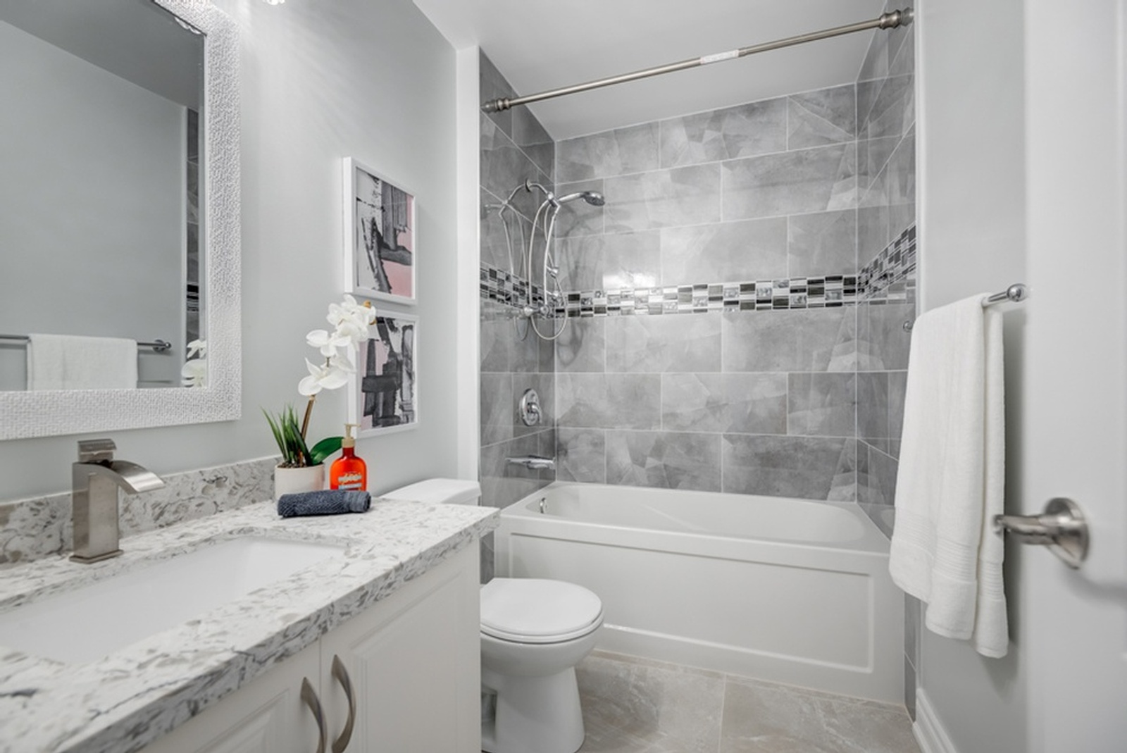 Master Bathroom Staging by Home Stager East York at Impressive Staging