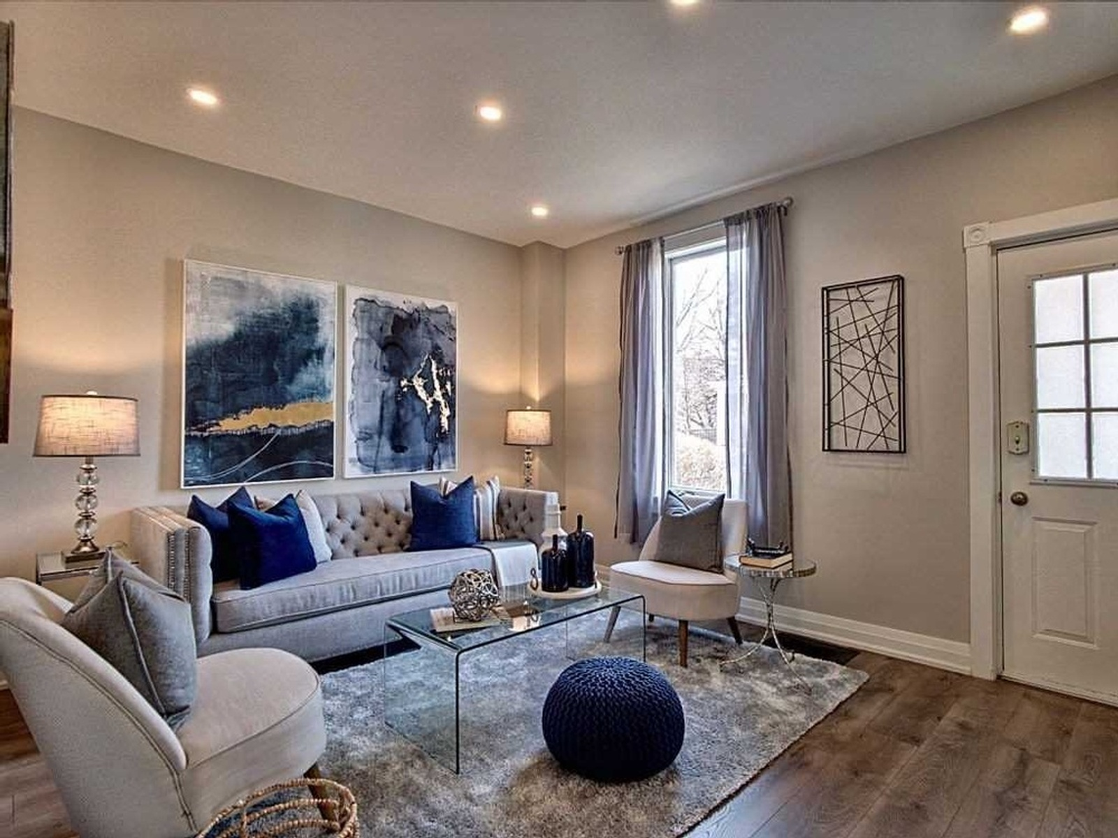 Elegant Staged Living Room - Home Staging Consultation Services Oshawa by Impressive Staging