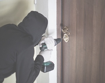 Robbery Break and Enter, Criminal Lawyer Mississauga - Everstone Law Professional Corporation