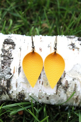 Mustard Leaf Earrings