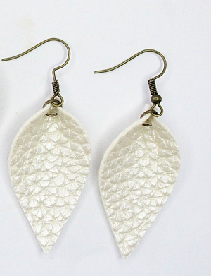 Sweet three design - Textured Cream Leaf Earrings