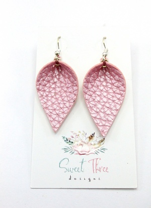 Sweet three design - Textured Pink Leaf Earrings