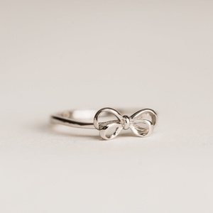Sweet Three Designs - Silver Bow Ring