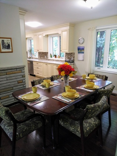 Dining Space in Memory Lane Home Living Inc. - Assisted Living Home Richmond Hill ON