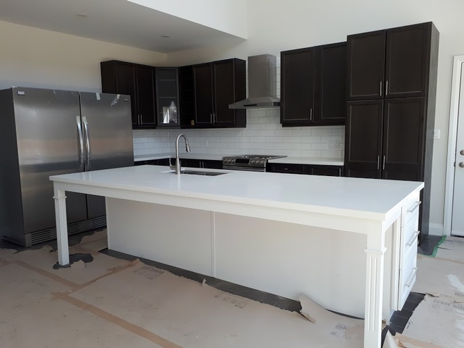 Quartz Kitchen Countertop - Kitchen Renovation Services Ajax by PCMINC