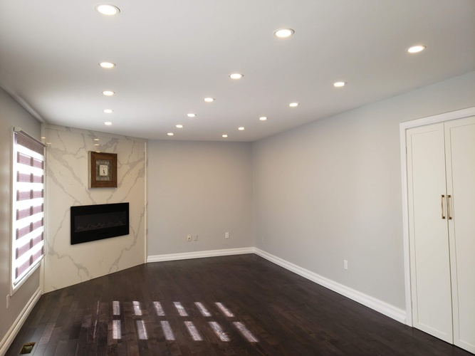 Living Room with Pot Lights - Electrical Services Ajax by PCM Inc.