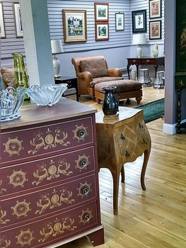 Consignment Furniture Warehouse Victor