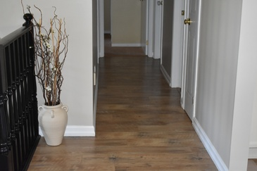 Residential Laminate Flooring Stoney Creek by Bert Vis Flooring Inc.