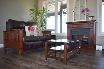 Living Room Hardwood Flooring Niagara Falls by Bert Vis Flooring Inc.