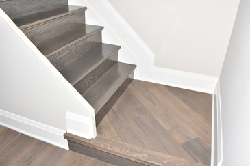 Custom Staircase Laminate Flooring Niagara Falls by Bert Vis Flooring Inc.