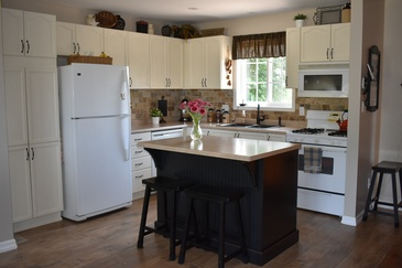 Modular Kitchen Hardwood Floor Installation Cayuga by Bert Vis Flooring Inc.