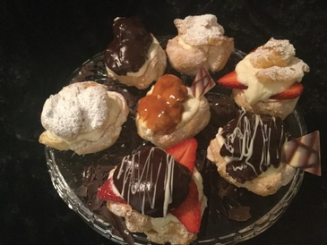 Assorted Cream Puffs Richmond at Anna Maria's Cakes And Puffs
