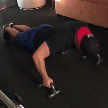Push Ups Techniques by Bar None Fitness Studio - Gym in Burlington