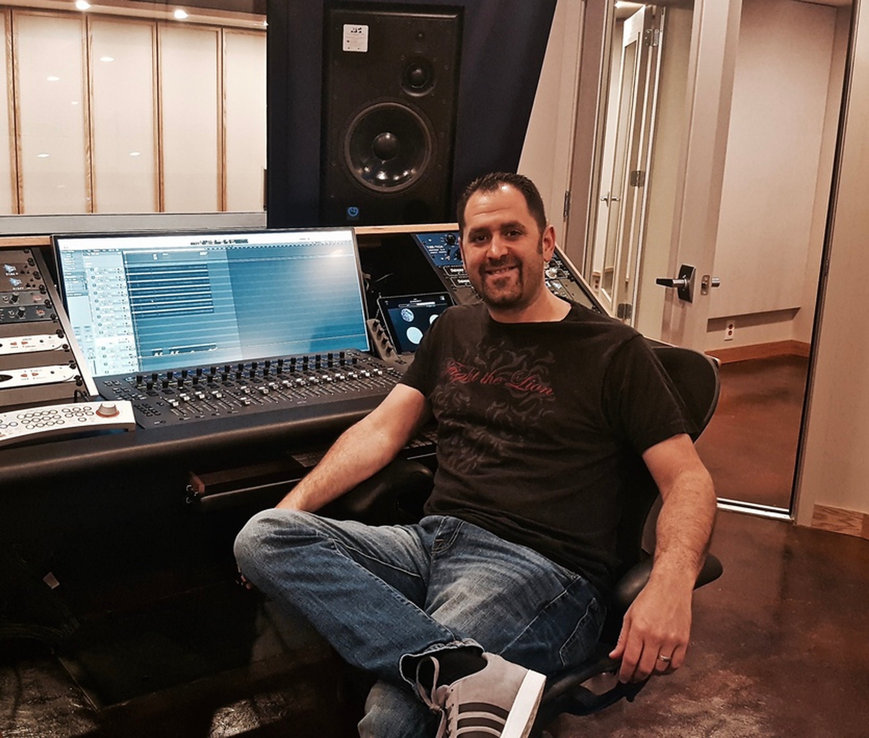 Dave Mallen at Innovation Station Music - Music Production Company Annandale