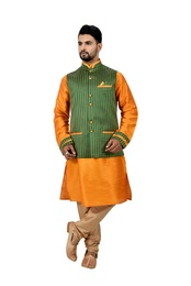 Cadminmorange Kurtasetwith Green Jacket