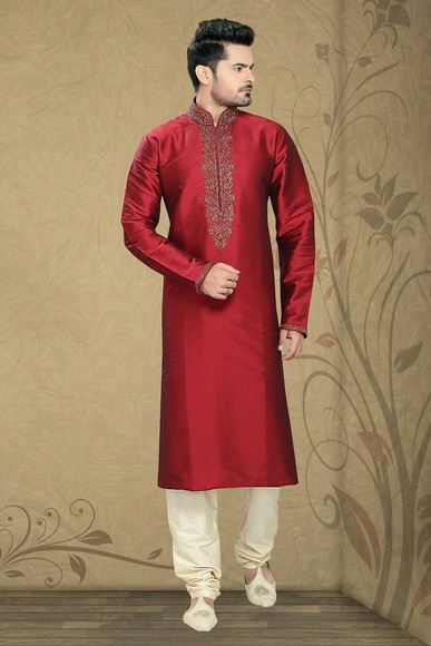 Red Color Splendid Kurta Payjama