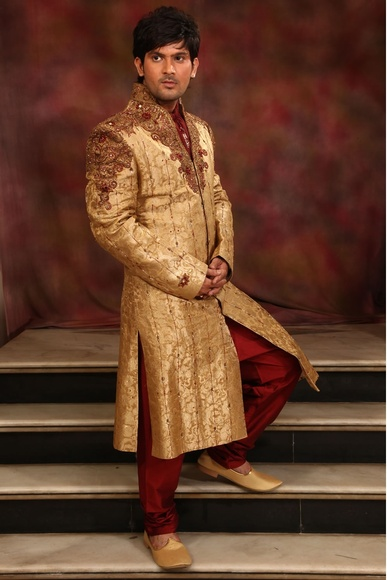 Stylish V Neck Gold Sherwani BL2004
