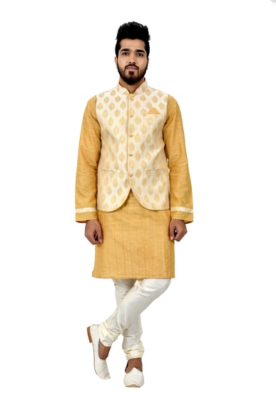 Cottonsilk Kurtasetwith Brocadesilk Jacket