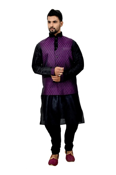 Black Kurtasetwith Plum Jacket