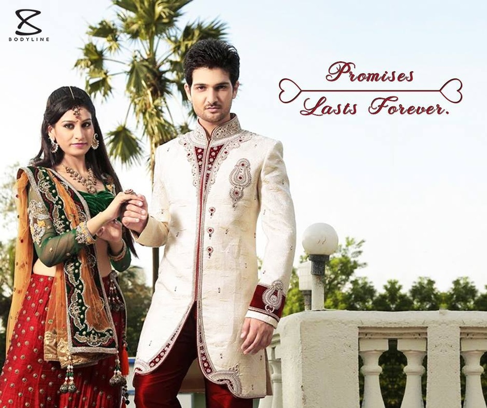go traditional with wedding sherwani online.jpg