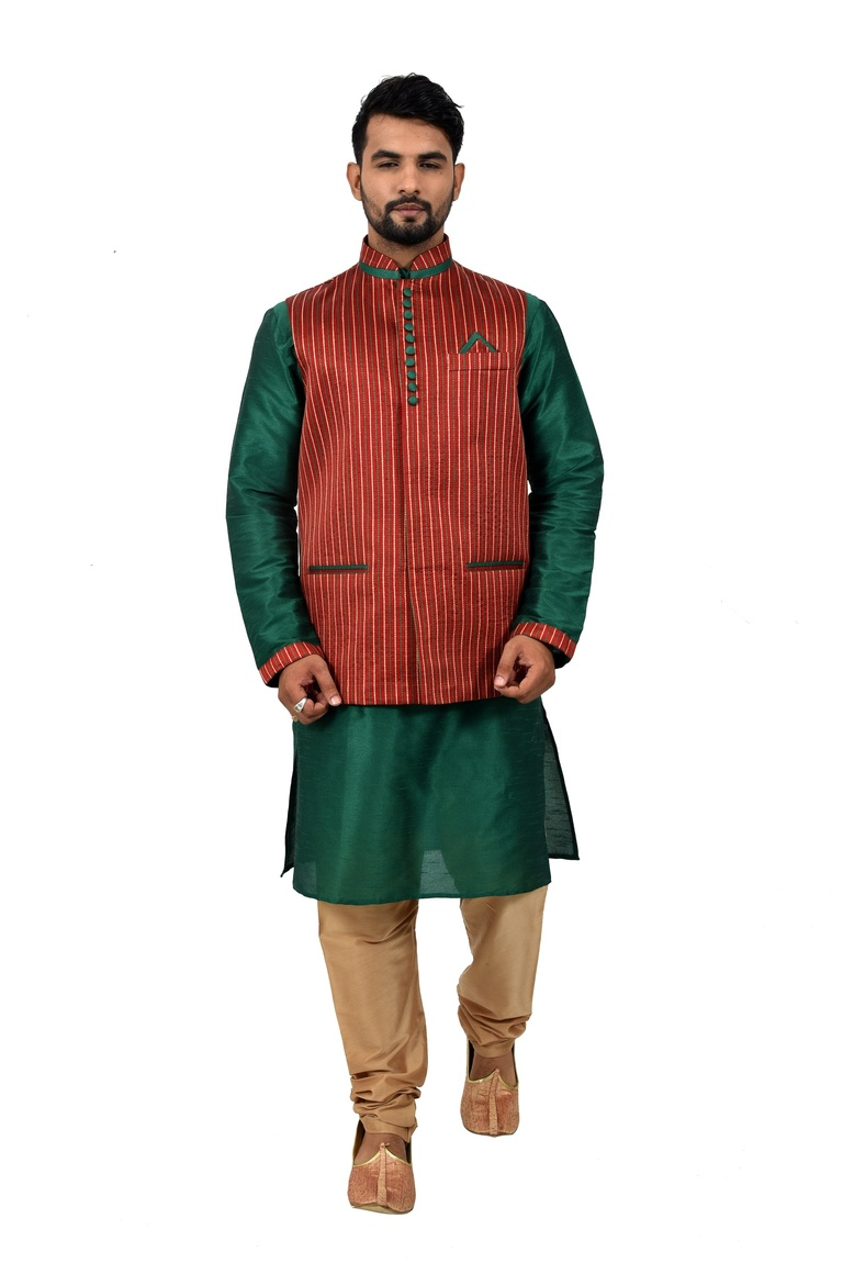 Green Kurtasetwith Maroon Jacket
