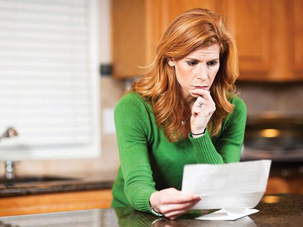 800x600px_worried-bills-taxes_183763647_istockphoto-750x563.jpg