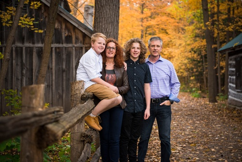 Family Posing in the Woods - Family Photography Uxbridge by Matt Tibbo