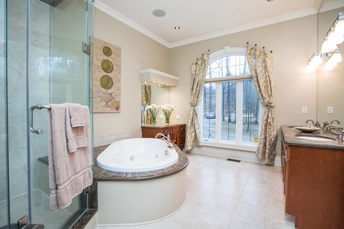 Master Bathroom Captured by Toronto Real Estate Photographer - Matt Tibbo