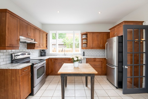 Modular Kitchen with Wooden Cabinets - Real Estate Photography Services Uxbridge by Matt Tibbo