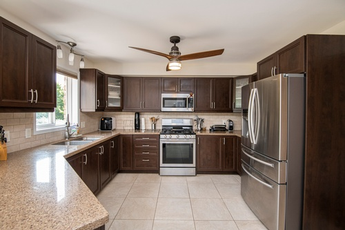 Modular Kitchen - Real Estate Photography Services Vaughan by Matt Tibbo