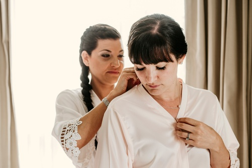 Dressing up the Bride - Luxury Wedding Photography Milton by Matt Tibbo