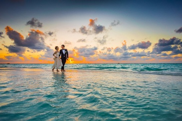 Newly Wed Couple on Seashore - Event Photography Services Richland by OutSide Thinc