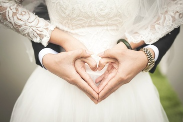 Couple Holding Hands - Photography Services Salem by OutSide Thinc