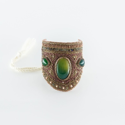 Lara Bracelet in Green Agate, Online Bracelets For Women at Lakkota