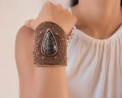 Laya Bracelet in Marcasite - Online Crystal Beads Bracelets For Women - Lakkota